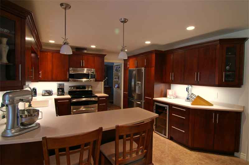 Clc Kitchen Cabinetry Cherry Wood Contemporary Design Makes For A Very Happy Homeowner