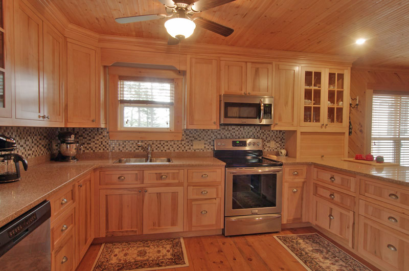 Pine kitchen - from tiny to spacious